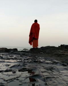 yoga-meditaion-on-the-beach-goa-india